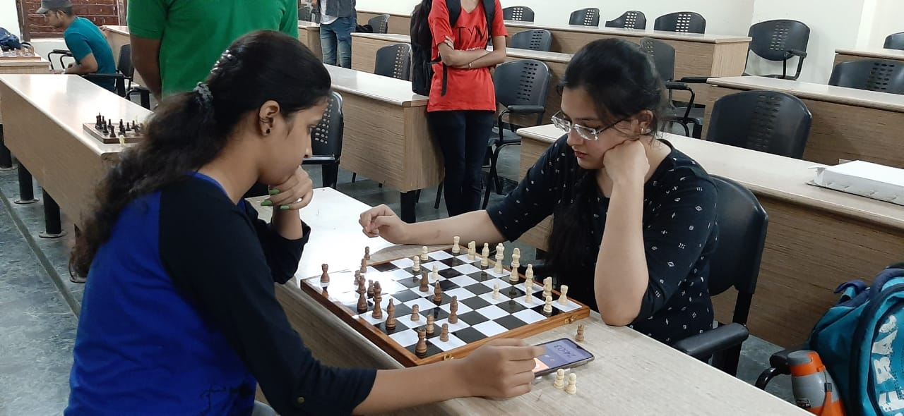 Sports-Events_Dronacharya-Campus-life-NCR